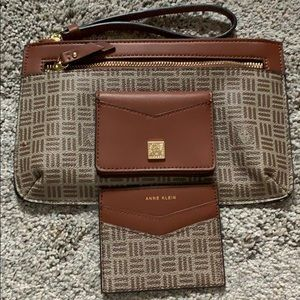 Anne Klein Wristlet with wallet for cards